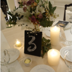 装花について✨お気に入りの高砂装飾!☺️一番拘ったのは、天井! 手作りテーブルナンバー